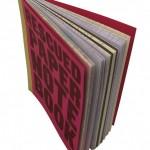Notizbuch aus Makulatur, alten Postern und sonstigen Papierresten