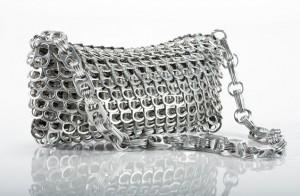 Exklusives Design aus Dosenlaschen - Fair und aus Brasilien